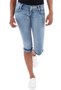 cuffed capri jeans that end just below the knee