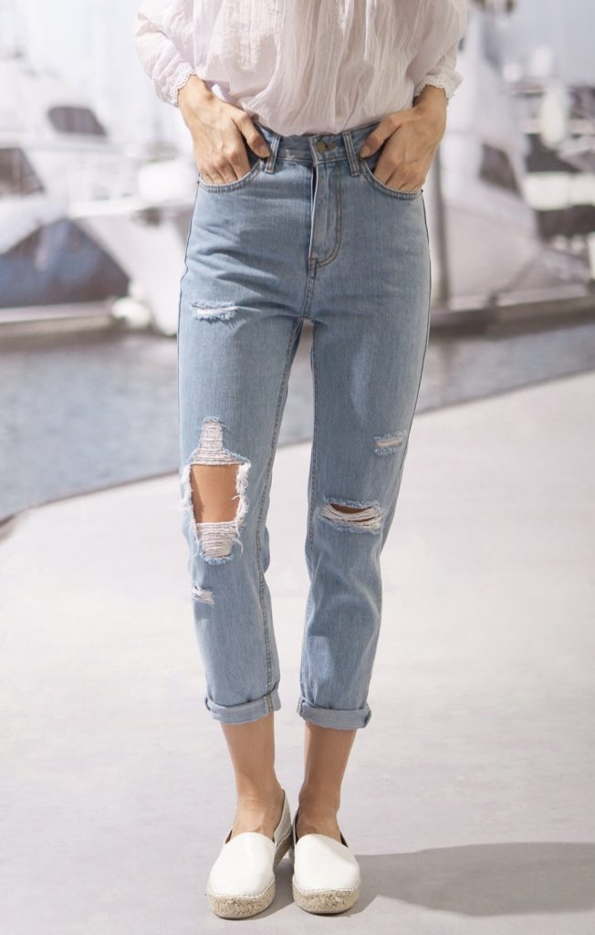 light wash mom jeans with distressing