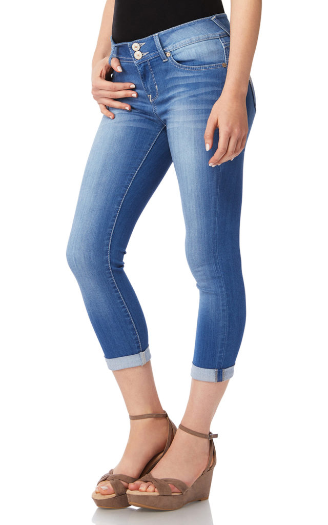 shoes to wear with cropped jeans, slim fit cropped jeans with wedges