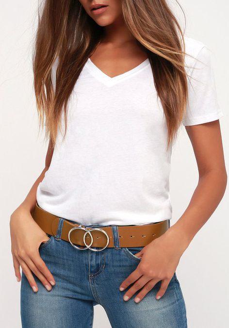 rectangle body shape style tips, wide belt worn at the hip with jeans
