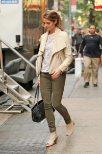 Ashley Greene in olive khaki skinny jeans