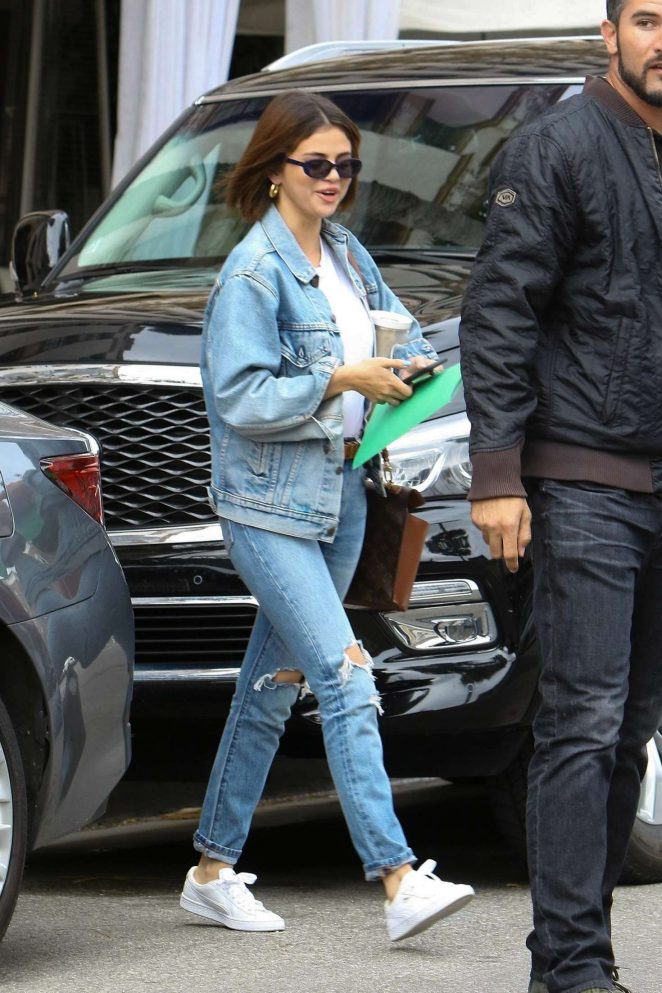 selena gomez outfits, celebrity style, get the look, selena gomez denim, selena gomez steal her style, selena gomez jean jacket, celebrity denim, celebrity jeans