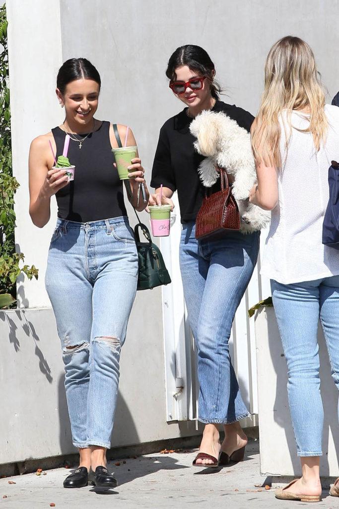 selena gomez steal her style, selena gomez style, selena gomez jeans